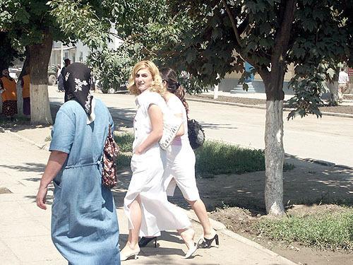 Похтшени девушки молодие чечня видио фото 132-970