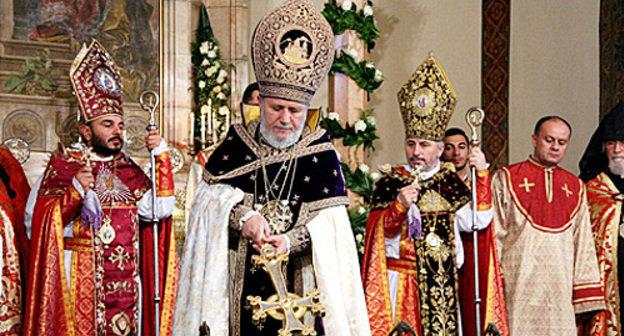 английский язык врмянская апостольская церковь и православие в чем разница свет тьма