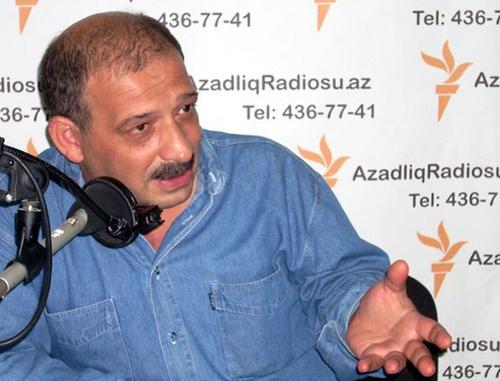 Известный азербайджанский журналист Рауф Миркадыров получил статус политического беженца в Швейцарии