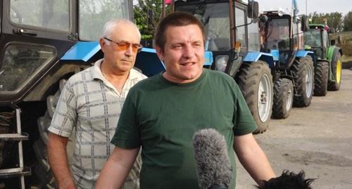 Ответка режима: путинские опричники  напали на Кубани  на участников тракторного пробега к сцарю путину