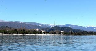 Побережье Абхазии. Фото: © Sputnik / Томас Тхайцук http://sputnik-abkhazia.ru/Abkhazia/20161021/1019722004/v-vyxodnye-dni-v-abxazii-osadkov-ne-budet.html