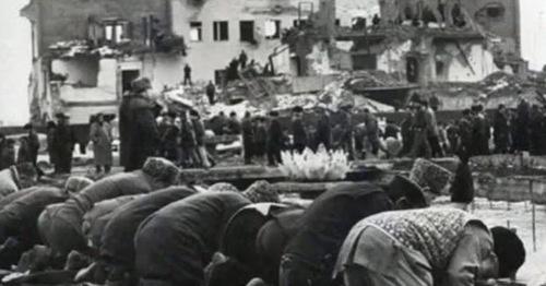 Депортация чеченского и ингушского народов. Кадр из видео пользователя vainakh38 https://www.youtube.com/watch?v=DKmb-WX0OI0