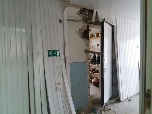Шесть сабель и три кинжалапохищены из музея в Кубачи