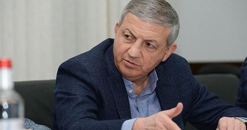 Политологи усомнились в наличии веских мотивов для отставки Битарова