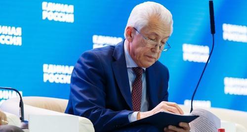 Кремль сделал ставку на медовый месяц Васильева с Дагестаном
