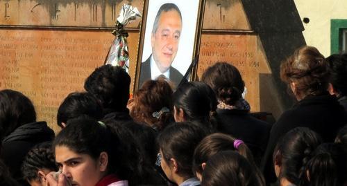 Более 500 жителей Арцаха вышли на митинг памяти Айрапетяна