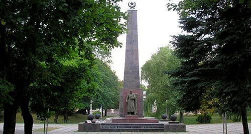 Памятник борцам за Советскую власть на Северном Кавказе https://www.rutraveller.ru/place/64945
