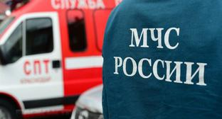 Символика МЧС. Фото http://61.mchs.gov.ru/operationalpage/operational/item/6356949/