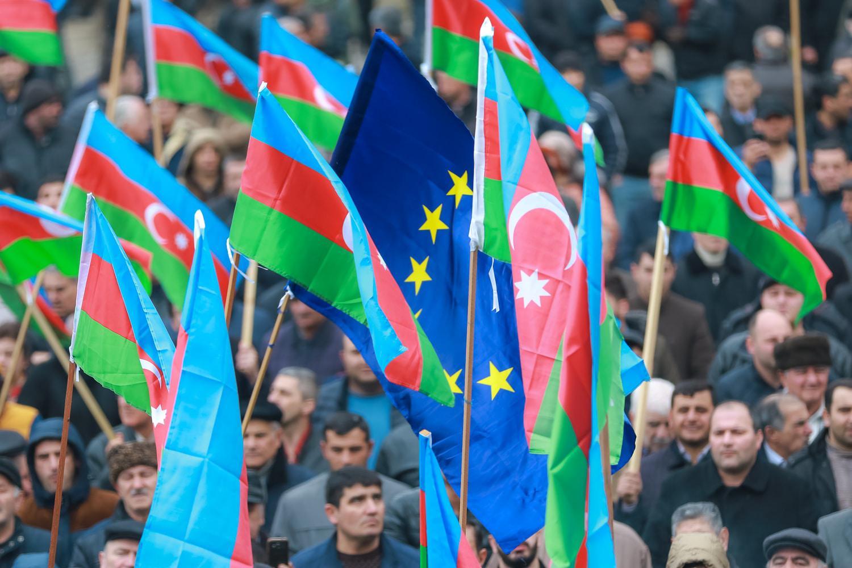 Участники митинга в Баку потребовали свободных выборов