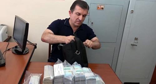 Конституционный суд перенес слушание иска, оспаривающего обвинения против Вачагана Казаряна