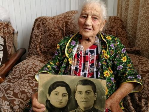В России 103-летней Вержик Хачарян пообещали жилье и предложили подождать