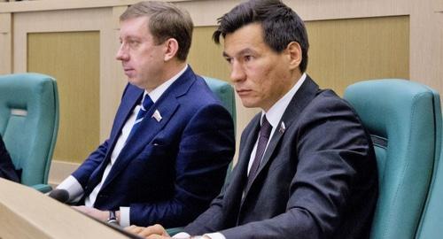Кадровые решения Бату Хасикова ослабили его позиции в преддверии выборов