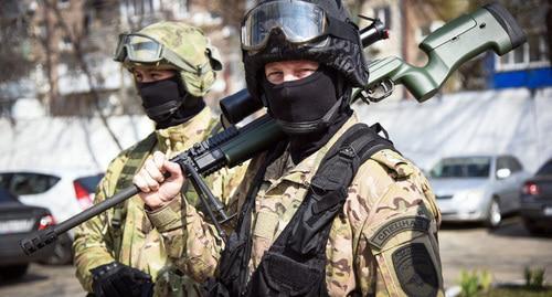 Родственники рассказали об обыске в дмитровской квартире сына ингушского депутата