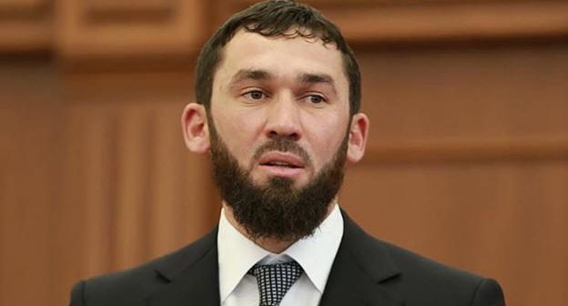 Даудов отреагировал на снос чеченских указателей под Кизляром
