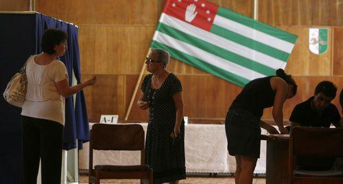 Сбор подписей за кандидатов в президенты Абхазии начался на фоне разочарования избирателей
