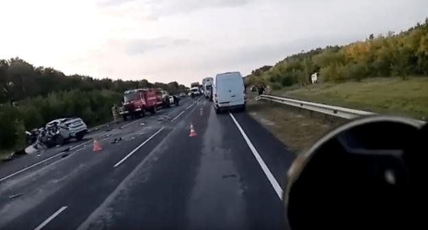 Пять человек погибли при ДТП с автобусом в Волгоградской области