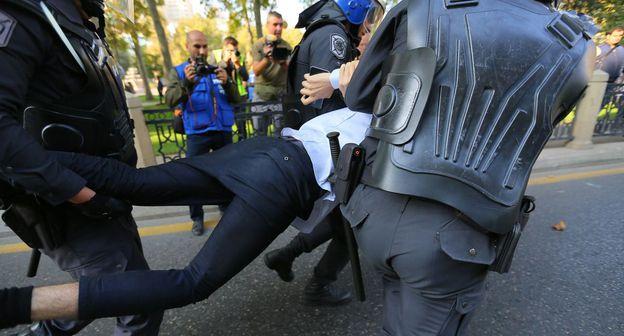 Акция протеста оппозиции в Баку прошла на фоне задержаний