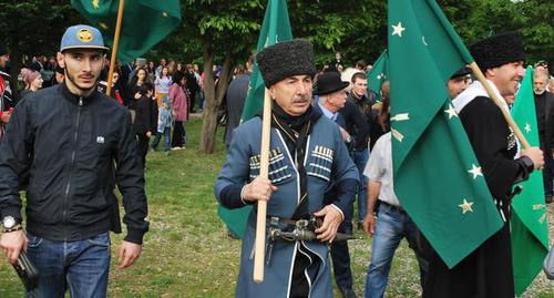Черкесские активисты Кабардино-Балкарии поддержали идею единого названия для народа