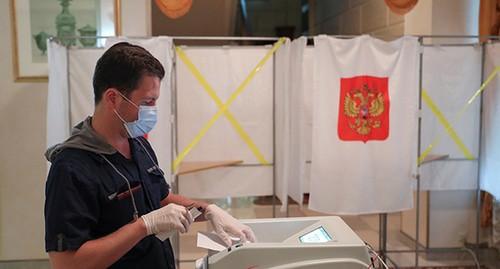 Досрочное голосование началось в пяти регионах юга России