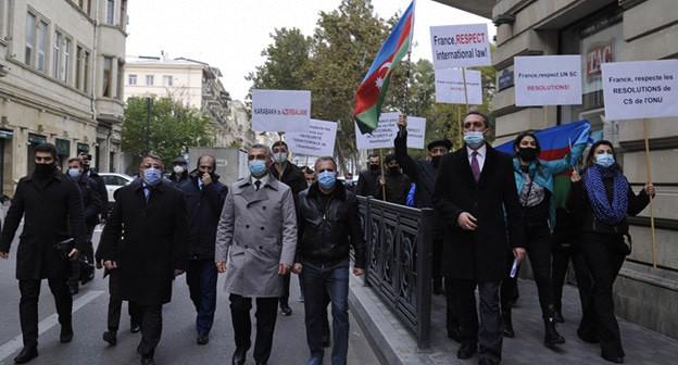 Акция протеста перед посольством Франции в Азербайджане. Баку, 26 ноября 2020 г. Фото: https://azertag.az/