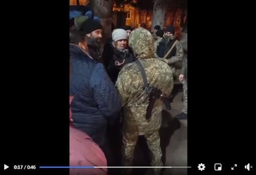 Стопкадр из видео на странице Инары Габараевой в Facebook. https://www.facebook.com/permalink.php?story_fbid=1096227994183333&id=100013884286796