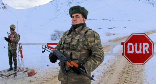 Таксисты Степанакерта указали на необходимость второй дороги в Армению