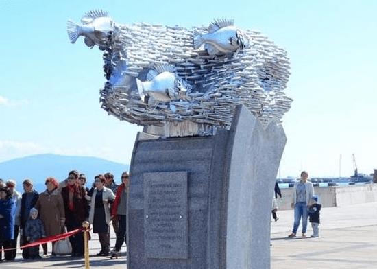 Памятники в волгограде фото и название рыб памятника на могилу цена волгоград беларусь