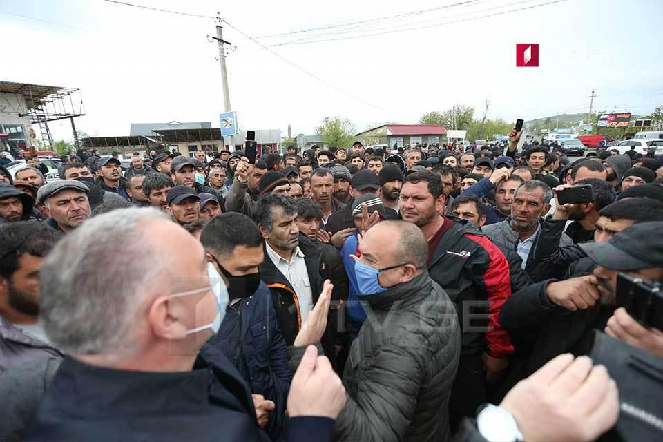 Азербайджан требует свои земли у Тбилиси