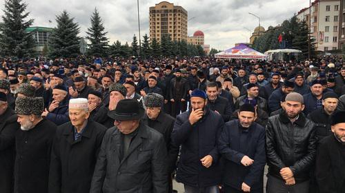 Участники митинга против соглашения о границе Ингушетии и Чечни. Магас, 6 октября 2018 года. Фото Магомеда Муцольгова, http://www.kavkaz-uzel.eu/blogs/342/posts/34822