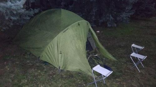 """Палатка, в которой ночуют участники акции протеста. Магас, 7 октября 2018 года. Фото Умара Йовлоя для """"Кавказского узла"""""""